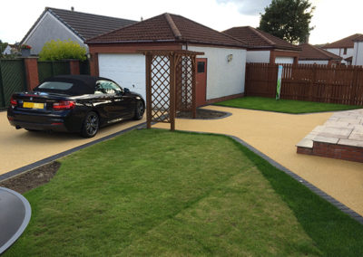 Resin drive in Carnock, Dunfermline, Fife